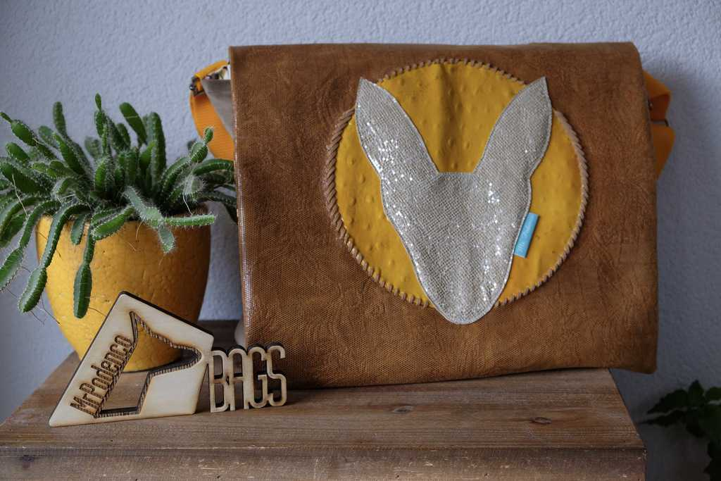 Yellow gold leather bag met Cognac en silver leather
